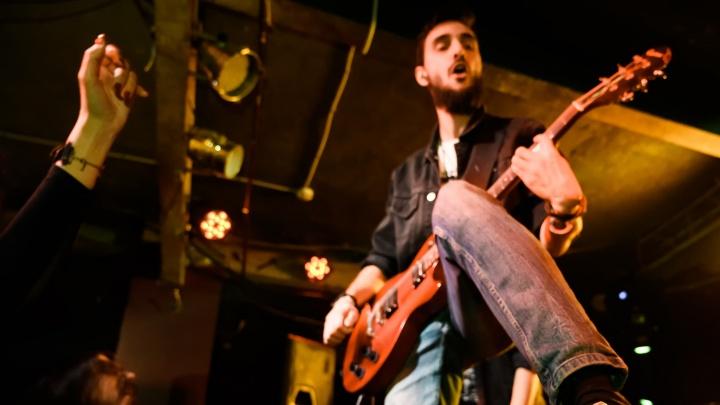 «У нас особая атмосфера»: ростовский рок-клуб «Подземка» отметил 15-летие
