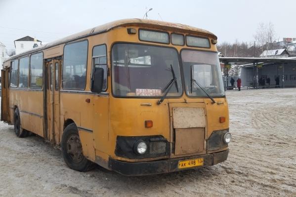 Такие автобусы использовались в Арзамасе в качестве муниципального транспорта до 2019 года. После их заменили более новыми моделями