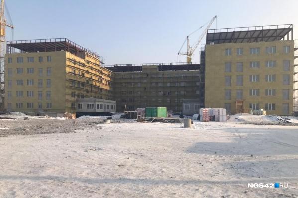 Так сейчас выглядит основное здание инфекционной больницы