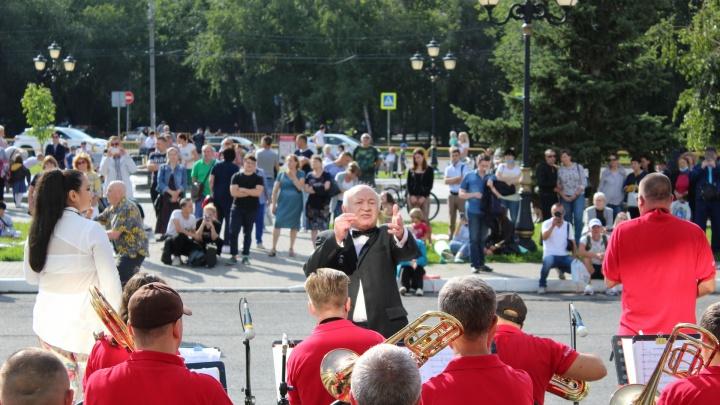 ТОАЗ и джаз: завод поддержал проект «Звёзды площади Искусств»