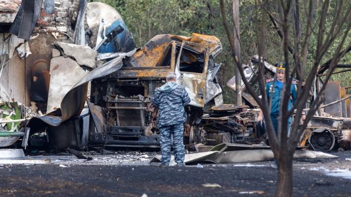 СК России: место взрыва на волгоградской АЗС изучают криминалисты
