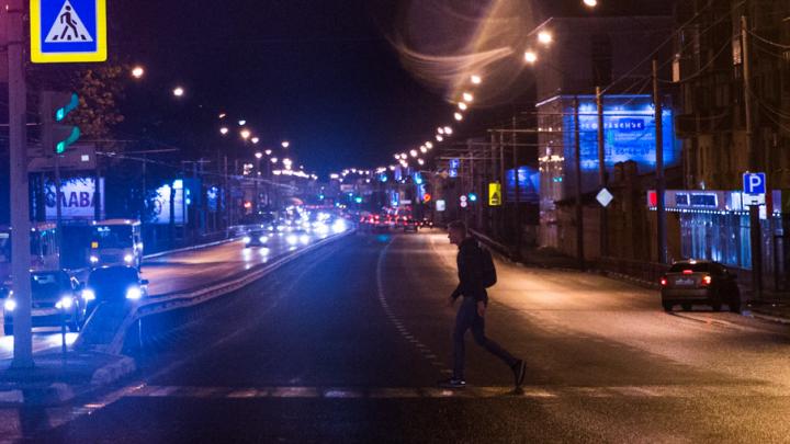 В Ярославле водитель сбил на переходе двух женщин и уехал