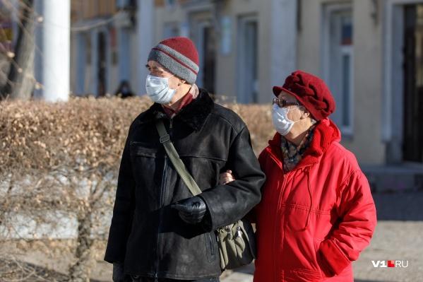 Больше половины случаев заражения каждый день регистрируется в Волгограде