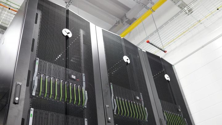 Зарубежные не понадобятся: в Екатеринбурге запустили мощный игровой сервер