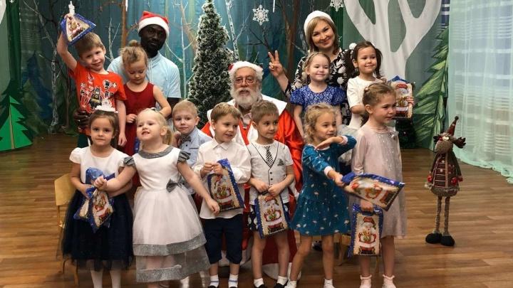 «Русский так и не выучил»: в красноярских школах и детсадах начали преподавать иностранцы