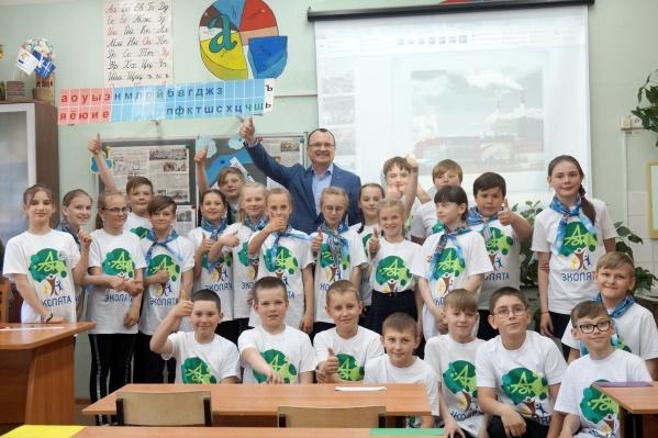 Новодвинские школьники — эколята — не боятся отвечать на сложные вопросы