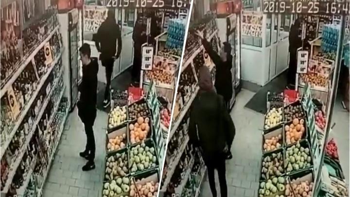 «Это крик души»: сотрудница «Марии-Ра» выкладывает в Instagram видео с кражами из магазина