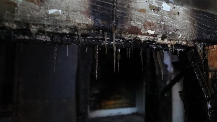 Минусинец потратил общие со своей девушкой деньги и, чтобы это скрыть, сжег квартиру