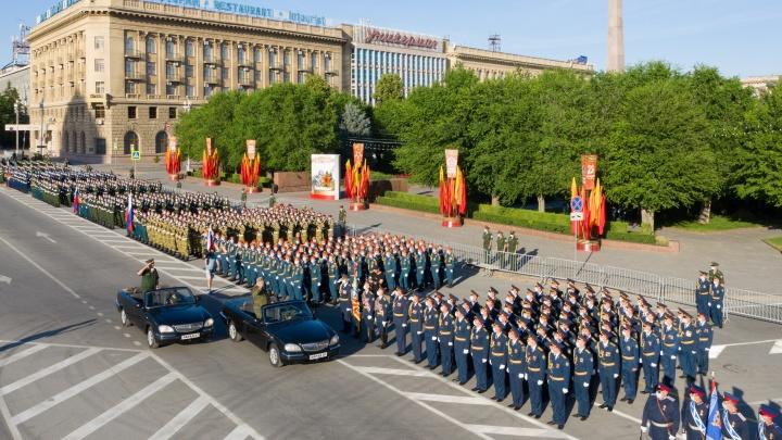 Волгоград готовят к генеральной репетиции парада: в центре города перекрыли дороги