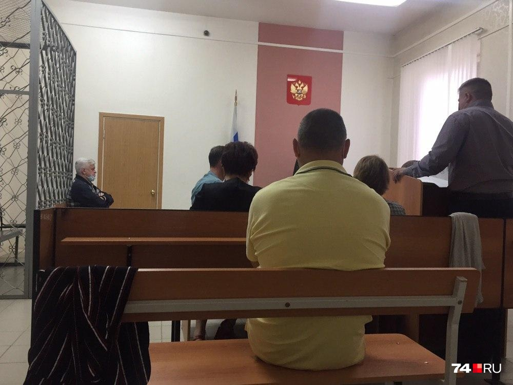 """В рамках уголовного дела были сделаны три экспертизы. Двоих экспертов <a href=""""https://74.ru/text/incidents/69402361/"""" target=""""_blank"""" class=""""_"""">допросили 7 августа</a>, третьего — трасолога — сегодня"""