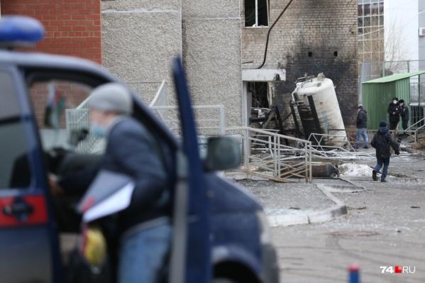 Взрыв разнес помещения больницы, а также соседнего жилого дома и общежития
