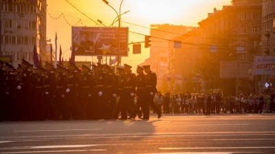 «Игра в солдатики»: колонка о бессмысленных тратах на парад Победы, на который пустят всего 28 человек
