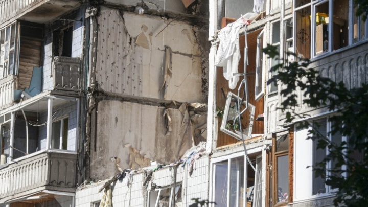 Электричество уже есть: ярославские власти готовят взорвавшийся дом к заселению