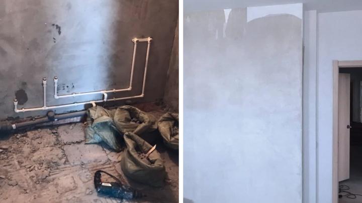 «Не можем заехать уже четыре месяца»: житель Екатеринбурга купил в новом ЖК квартиру с плесенью