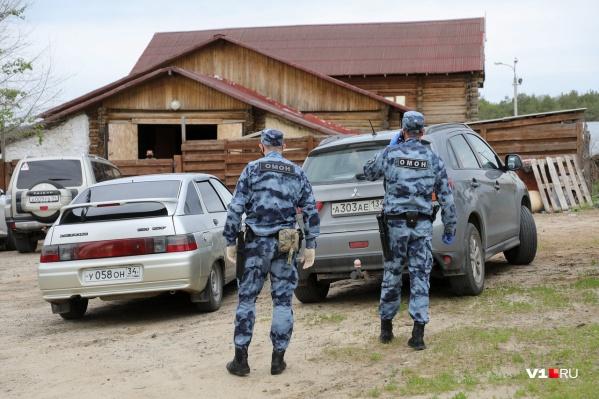 В мае «Сосновый бор» активно посещали чиновники и бульдозеры