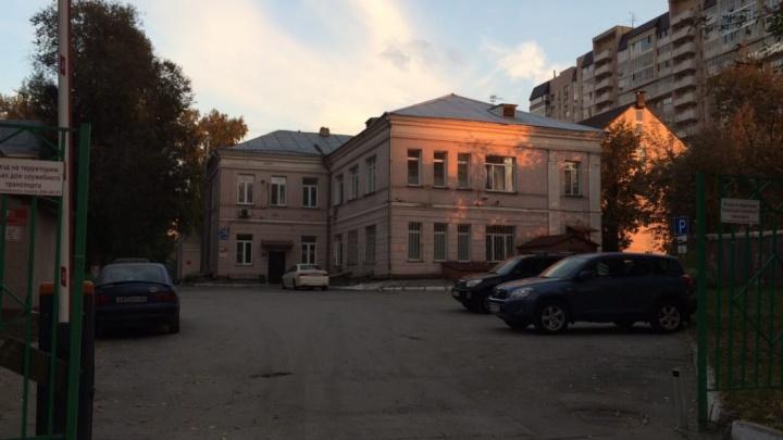 Новосибирский роддом № 2 отдают под ковид-госпиталь — роженицы устроили бунт в соцсетях