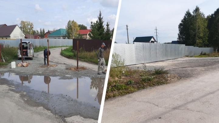 Дачники ОбьГЭСа разругались из-за дороги — на пути к одному из ТСН возвели забор