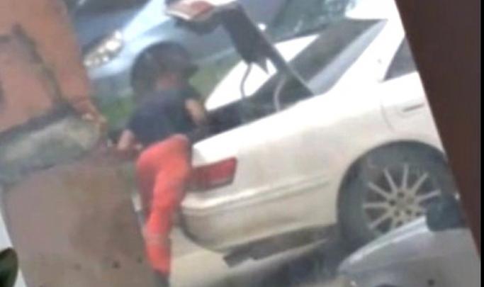 Всё-таки не пранк: следователи нашли мужчин, избивших и затолкавших новосибирца в багажник