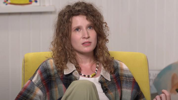 «Мои деньги в безопасности»: Лиза Монеточка — о маме-менеджере, Екатеринбурге, политике и ЛГБТ