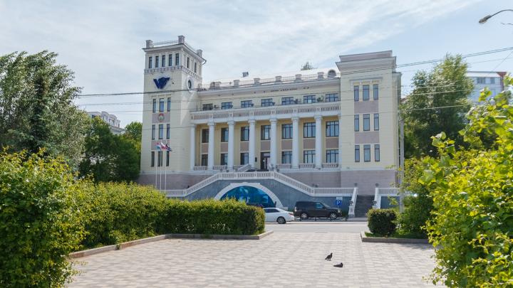 Самарское пароходство «Волготанкер» распродает свой флот и акции