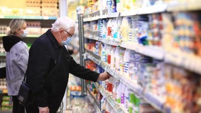 «Это пандемией не объяснишь»: кто виноват в росте цен на продукты