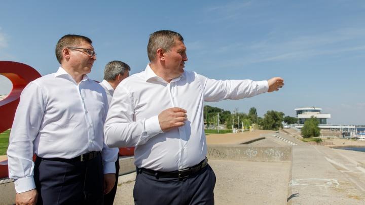 «Мы перестанем лить грязь в Волгу»: губернатор Волгоградской области похвастался канализацией перед министром