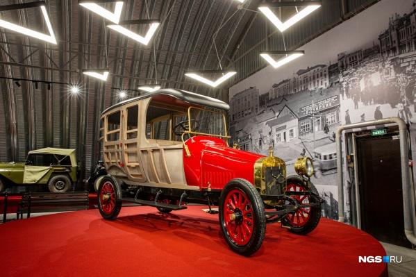 На Мочищенском шоссе открылся большой частный музей ретротехники