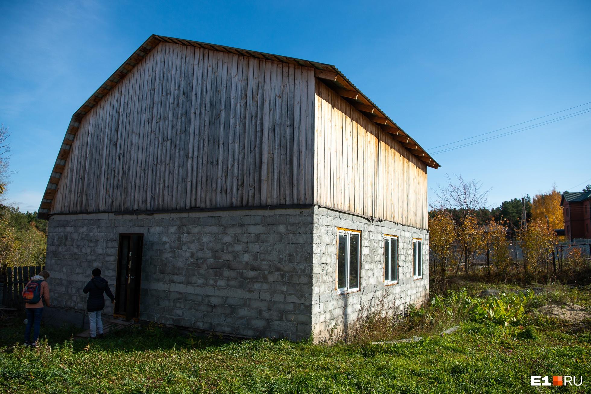 Недостроенный дом, в который планировала переехать Татьяна