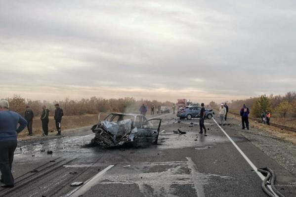 Chevrolet полностью сгорел