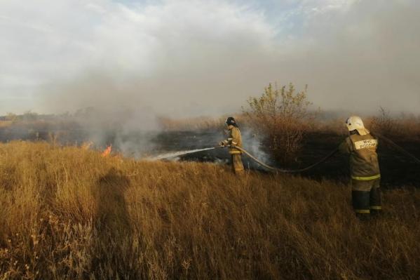 Пожары начались вечером 30 сентября