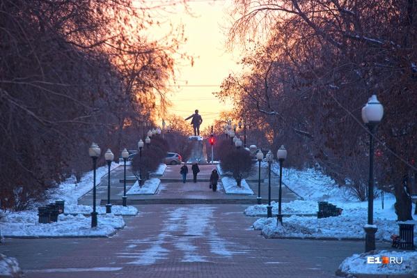 Мягкую декабрьскую погоду омрачает только городской смог