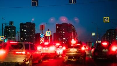 «Кишка» тонка: тестируем новую дорогу на Левом берегу в пик новогодних пробок