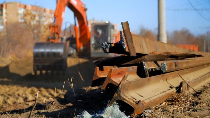 На севере Волгограда из-за ремонта трамвайного переезда на две недели перекроют дорогу