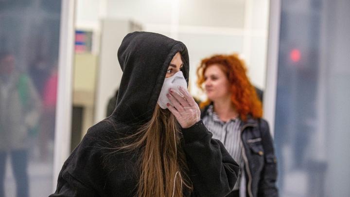 Первый случай заражения в городе (заболевшая не летала за границу): всё про коронавирус за сутки