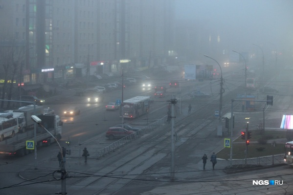 Так обстоят дела на левом берегу, в районе площади Карла Маркса