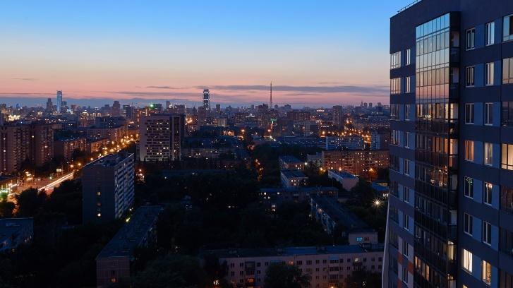 Такой вид на центр Екатеринбурга ждёт будущих обладателей больших квартир в iTower