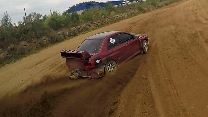 «Не без сходов с трассы»: гонщики на Урале выяснили, кто разучился водить за карантин