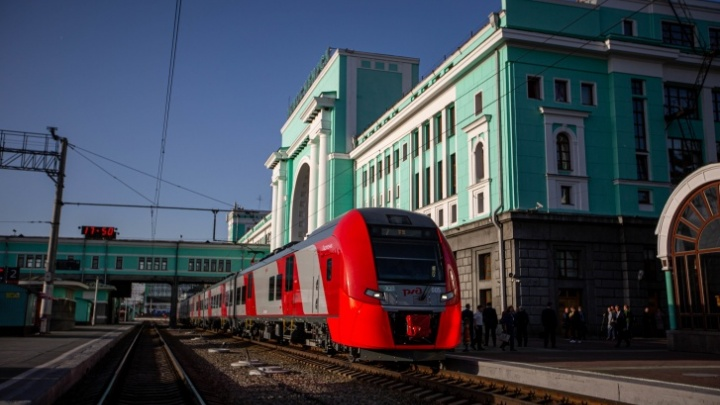 Запуск скоростного поезда «Ласточка» между Новосибирском и Барнаулом перенесли на 2021 год