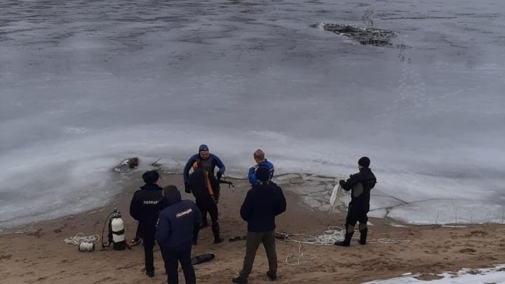 «Две семьи остались без мужчин»: тела пропавших в Волгоградской области рыбаков подняли из затона