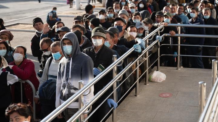 Вывезем всех: РЖД назначила еще восемь поездов из Волжского в Узбекистан
