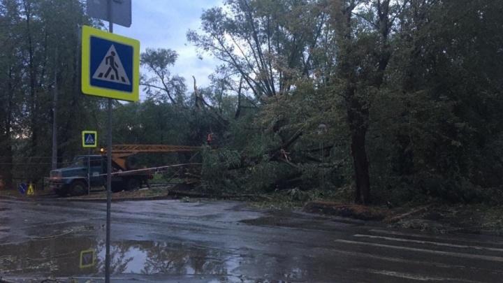 Владельцам пострадавших от урагана машин в Челябинске выплатят компенсацию