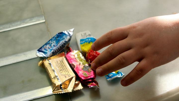 «Рот Фронт» отсудил у омской предпринимательницы 11 миллионов за казахстанские конфеты