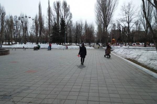 Старое покрытие в парке тоже приведут в порядок