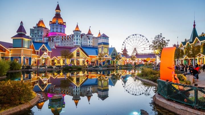 Сказки на ночь от Бабы-яги: как ростовчане смогут необычно провести осенние каникулы в Сочи