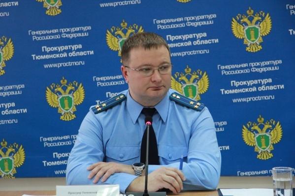 Владислав Московских отвечал на вопросы только избранных журналистов