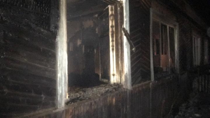 В Прикамье на пожаре в квартире погибли трое человек
