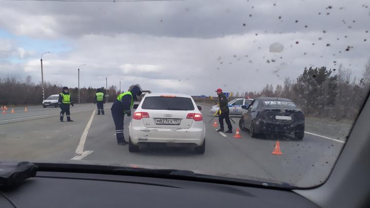 Челябинские гаишники закрыли въезд со стороны Свердловской области из-за коронавируса