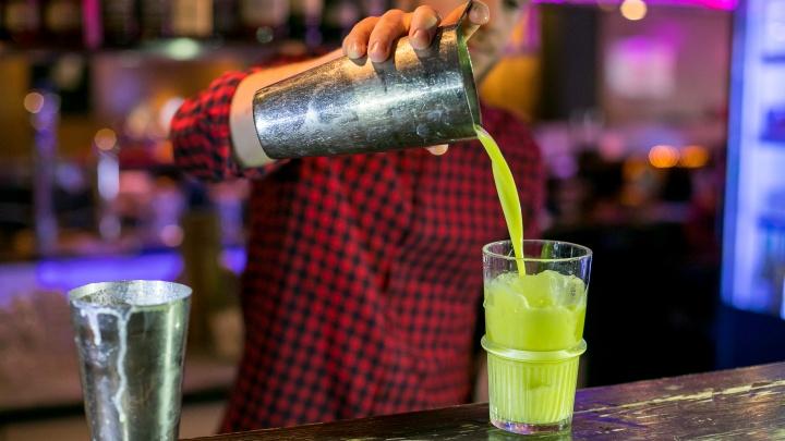«Однажды мы снова увидимся»: красноярские бары массово закрываются из-за новых ковидных ограничений