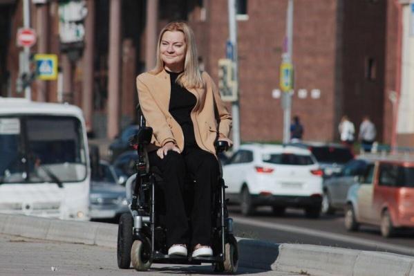 Наталья Каптелинина рассказала, как правильно общаться с людьми, прикованными к инвалидной коляске