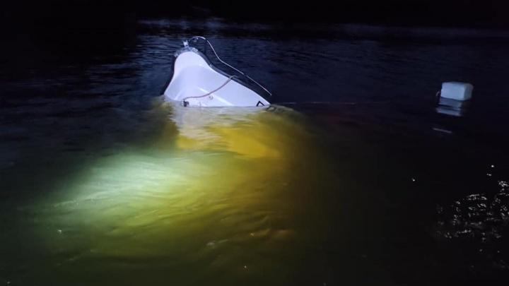 «Борт пробит насквозь»: после столкновения катера с гидроциклом на Волге погиб один из водителей